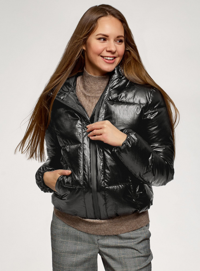 Куртка стеганая с капюшоном oodji для женщины (черный), 10203076-4/50279/2900N