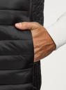 Жилет стеганый с воротником-стойкой oodji для мужчины (черный), 1B811004M/25278N/2900N