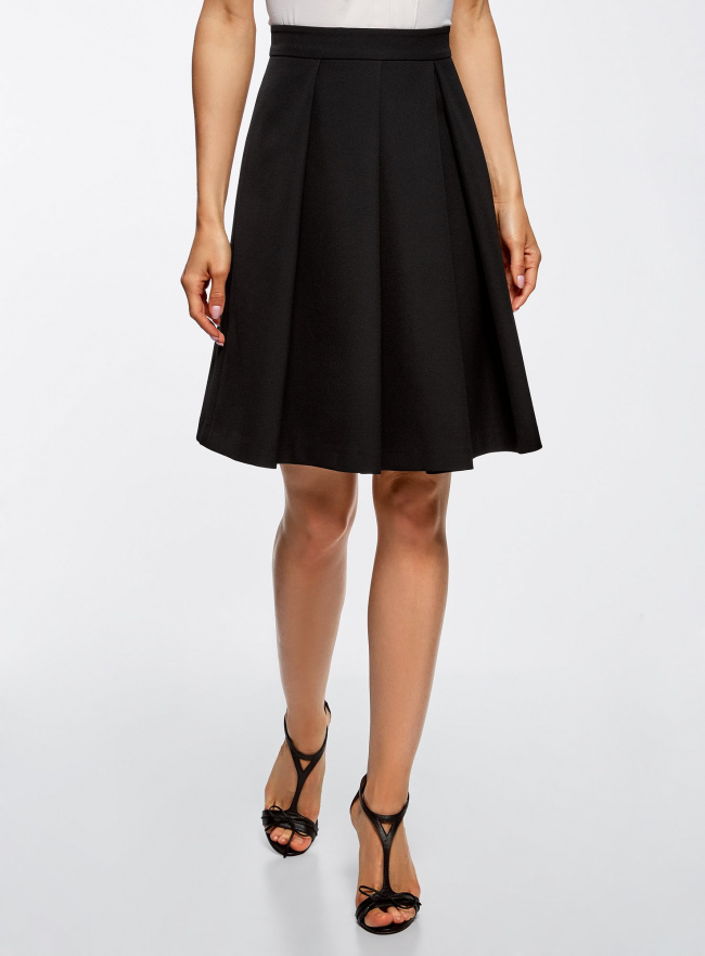 Юбка расклешенная со встречными складками oodji для женщины (черный), 11600443/45559/2900N