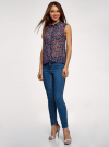 Топ из струящейся ткани с рубашечным воротником oodji для женщины (синий), 14903001B/42816/7945F - вид 6