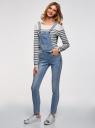 Комбинезон джинсовый с нагрудным карманом oodji для женщины (синий), 13108004/45379/7500W