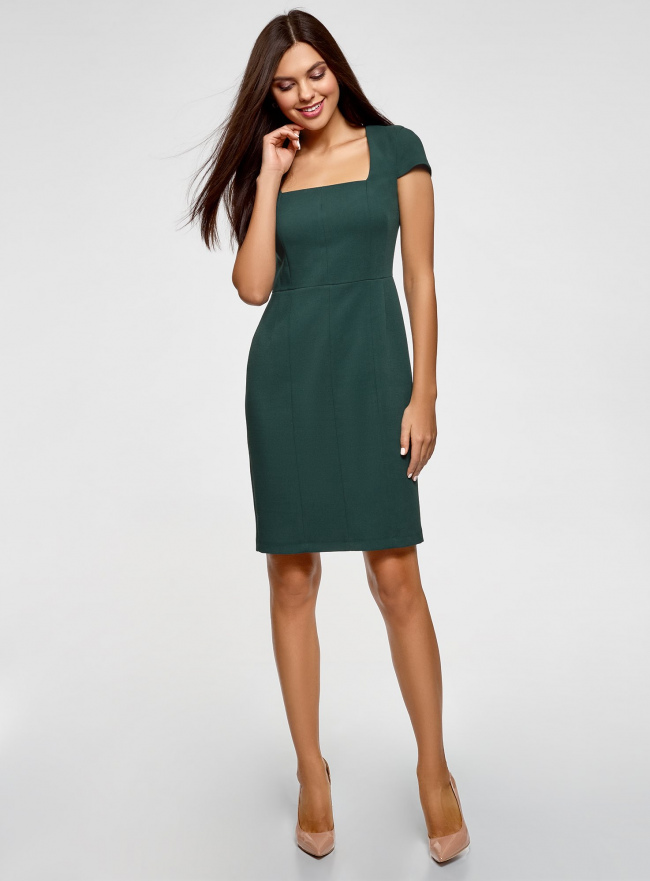 Платье-футляр из плотной ткани с квадратным вырезом oodji #SECTION_NAME# (зеленый), 21902065/31291/6900N