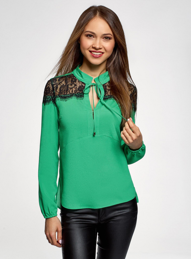 Блузка с кружевными вставками oodji для женщины (зеленый), 21401400M/31427/6D00N