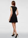 Платье из плотной ткани с овальным вырезом oodji для женщины (черный), 11907004-1/42793/2900N