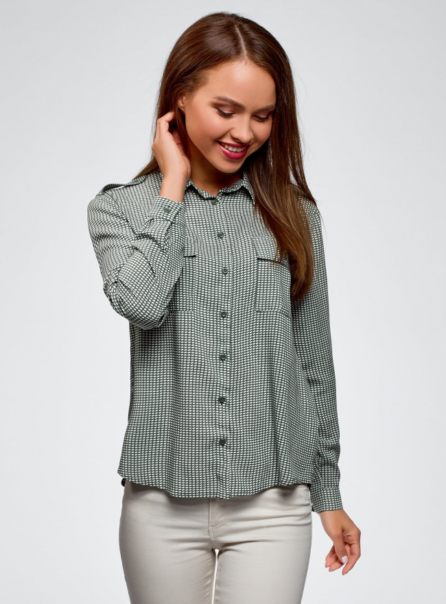 Блузка базовая из вискозы с нагрудными карманами oodji для женщины (зеленый), 11411127B/42540/6930G
