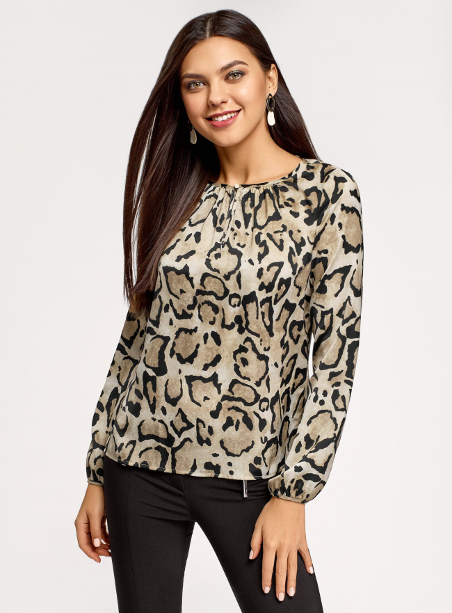 Блузка свободного кроя с вырезом-капелькой oodji для женщины (бежевый), 21400321-2/33116/3329A