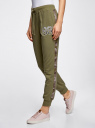 Брюки трикотажные с контрастной отделкой oodji для женщины (зеленый), 16701050/46919/6620B
