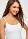 Топ трикотажный на тонких бретелях oodji для женщины (белый), 14305023-4B/45297/1000N