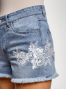 Шорты джинсовые с кружевными нашивками oodji для женщины (синий), 12807091-1/46788/7000W