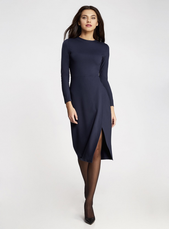 Платье-миди трикотажное с запахом на юбке oodji для женщины (синий), 24000305/45394/7900N