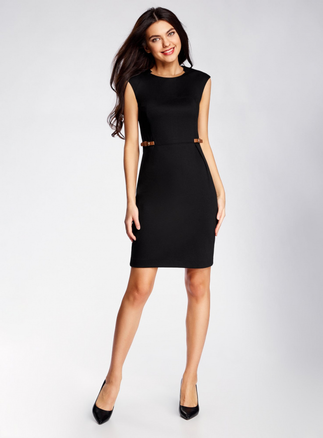 Платье трикотажное с декором из искусственной кожи oodji для женщины (черный), 24008300/35477/2900N