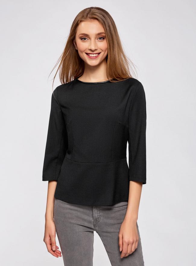 Блузка приталенная с отделкой из искусственной кожи oodji #SECTION_NAME# (черный), 21400365/38238/2900N
