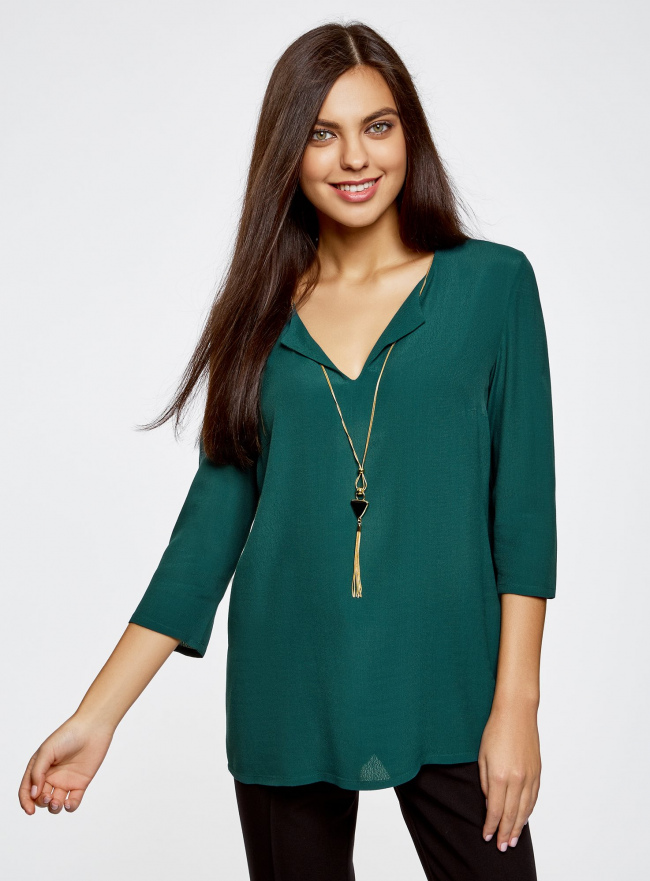 Блузка прямого силуэта с украшением oodji #SECTION_NAME# (зеленый), 21404021/43281/6E00N